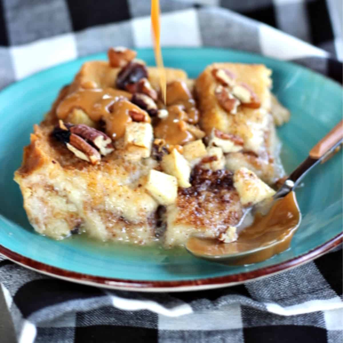 green plate with bread pudding