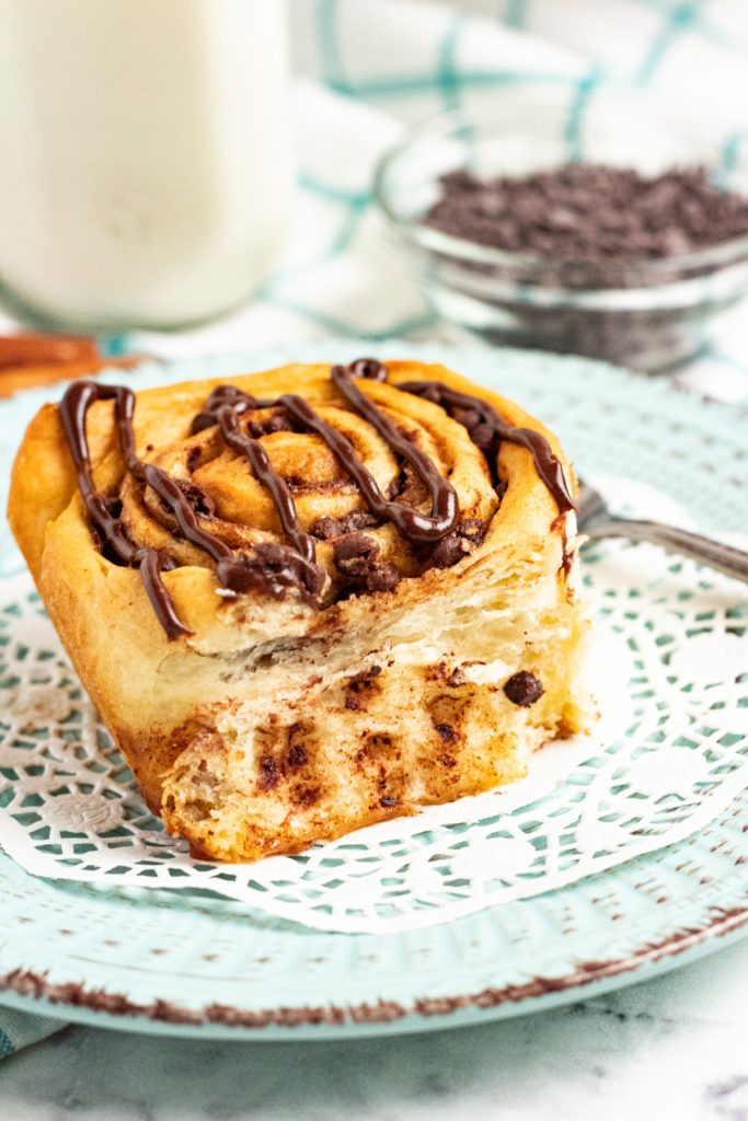 chocolate cinnamon roll