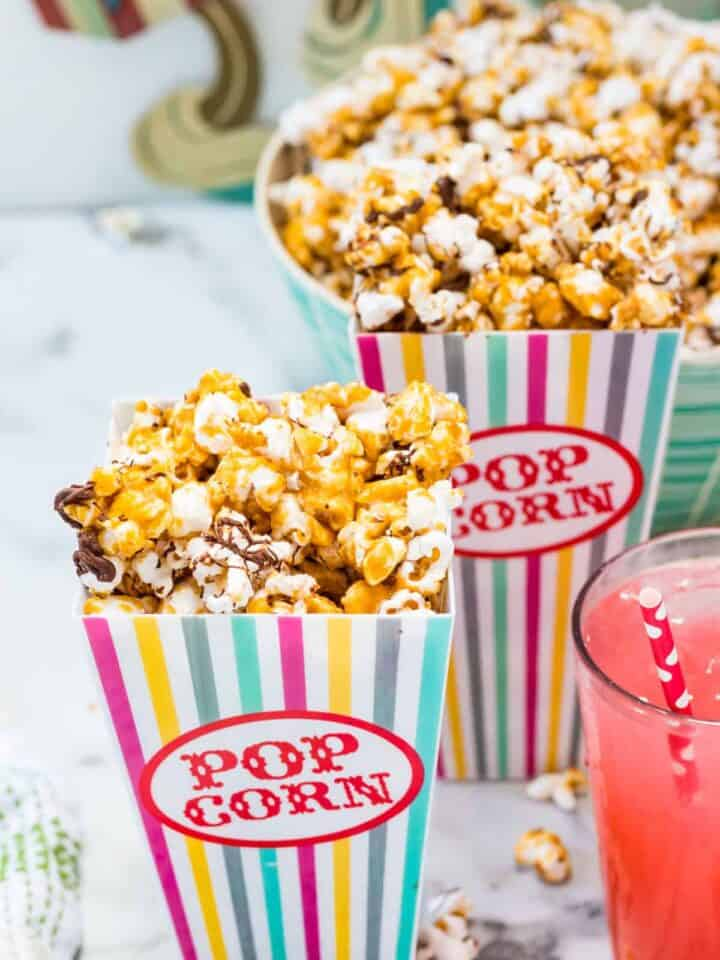 chocolate popcorn with toffee